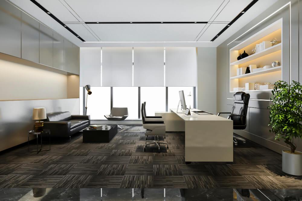 משרד עם צמחייה מלאכותית